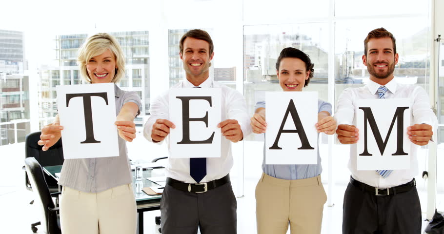 Linked Retail   4 Ways To Successfully Motivate Your Team During the Fourth Quarter